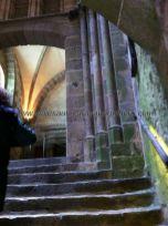 escalera de entrada a la Abadía