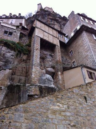 impresión de verticalidad al inicio de la escalinata