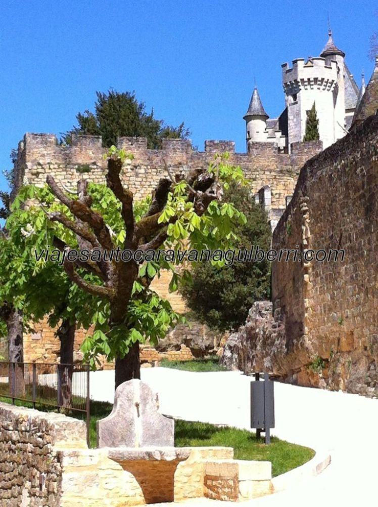 Monfort y su castillo