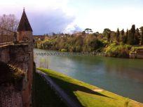 río Tarn desde los jardines del palacio