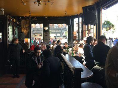 pub típico inglés