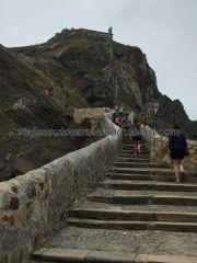 San Juan de Gaztelugatxe, por aquí subió, entre otros, el burro
