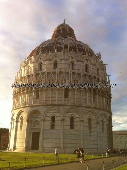 Italia 201409 Pisa cf 11