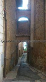callejuela medieval típica