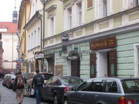 calle Karlova