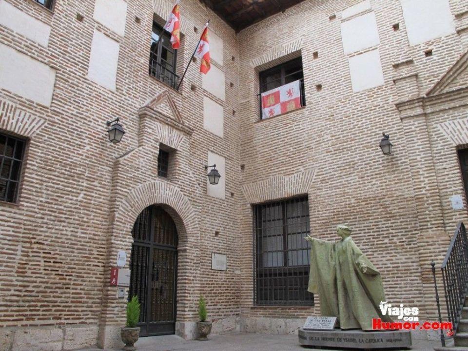 palacio real testamentario de Isabel la catolica medina del campo valladolid