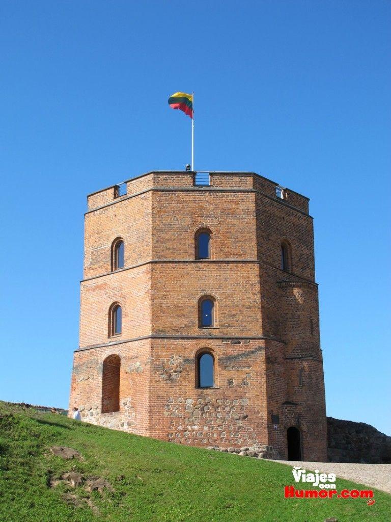 torre del castillo de gediminas vilna lituania