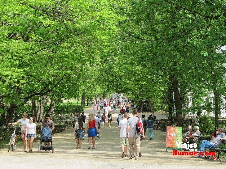 parque lazienki varsovia polonia