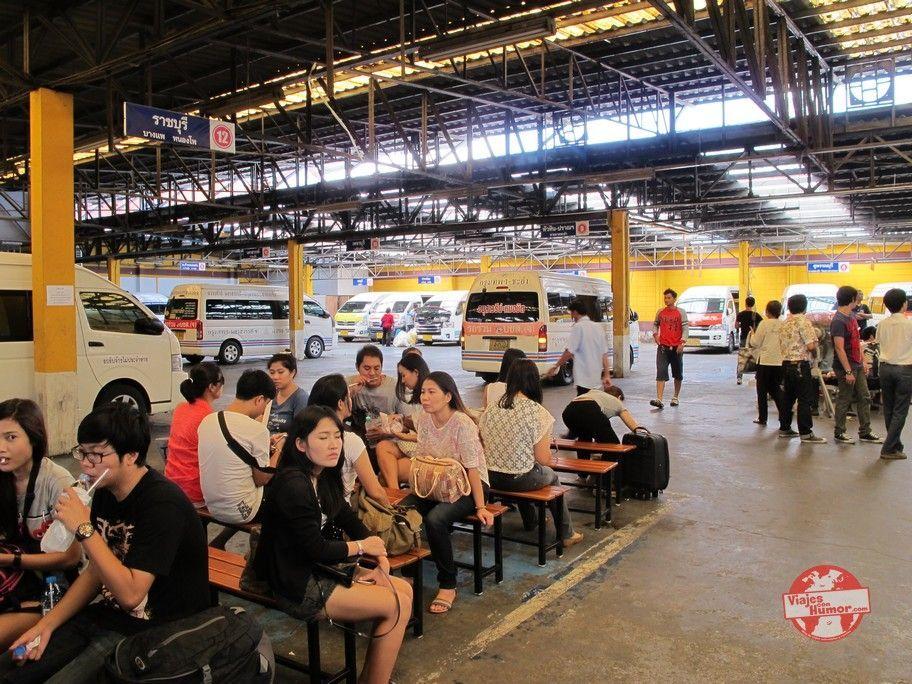 estacion de minibuses hacia ayutthaya