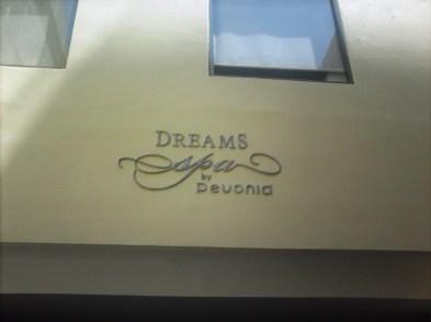 Dreams HUX 16