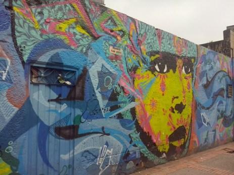 Otro bonito grafiti entre el caos de la séptima (Foto: Jorge Curiel Yuste)