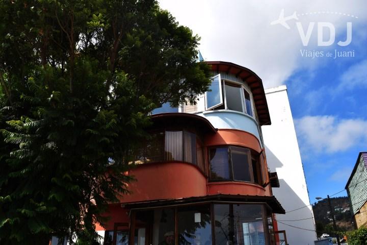 Frente de la casa de Neruda