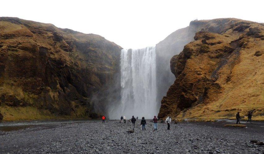 Cascada Skogafoss, sur de Islandia