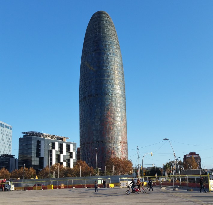 Torre Agbar. Barcelona (España)