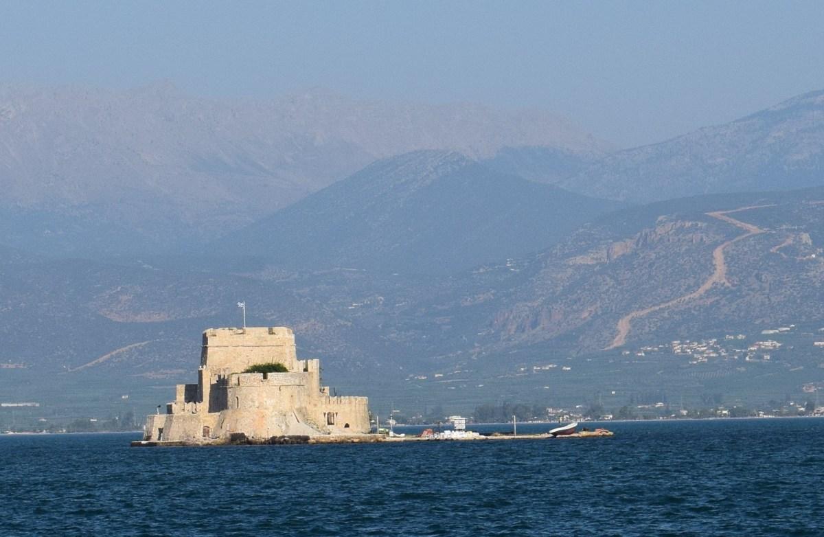 NAUPLIA (GRECIA) LA CIUDAD FORTIFICADA DEL GOLFO DE ARGOS