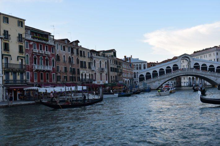 Ponte de Rialto, Gran Canal, Venecia (Italia)