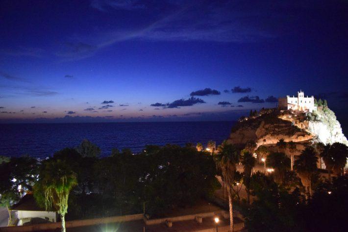 Atardeceres mágicos en Tropea, Calabria (italia)