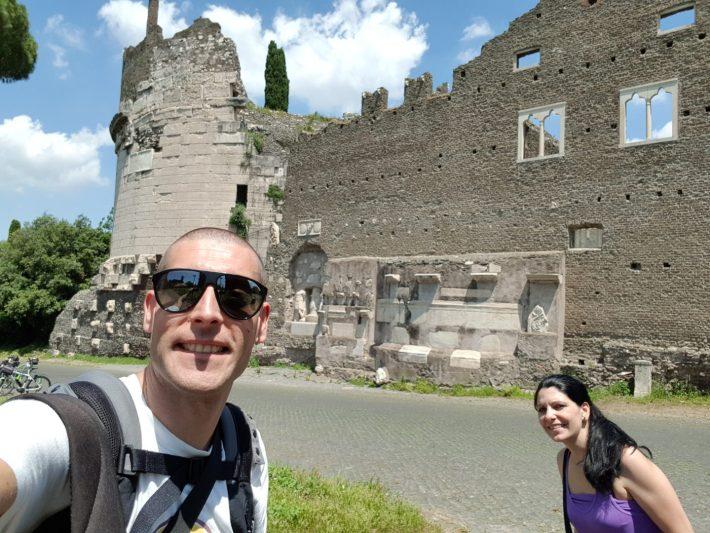 Tumba de Cecilia Metella, Via Appia Antica, Roma (Italia)