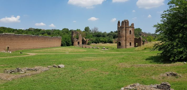 Circo di Massenzio y Mausoleo de Rómulo, Via Appia Antica, Roma (Italia)