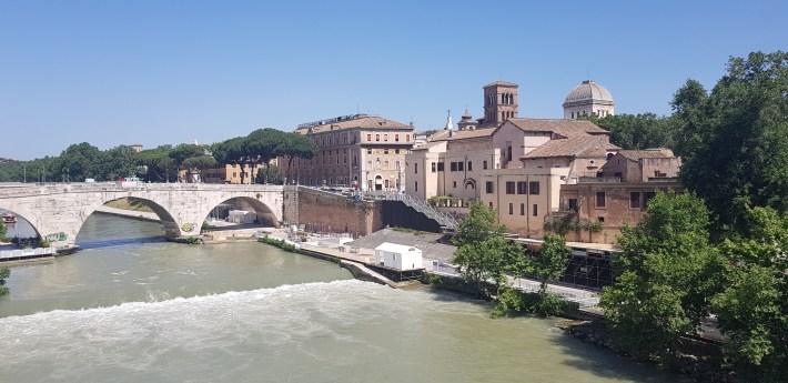 Río Tíber e Isola Tiberina, Roma (Italia)