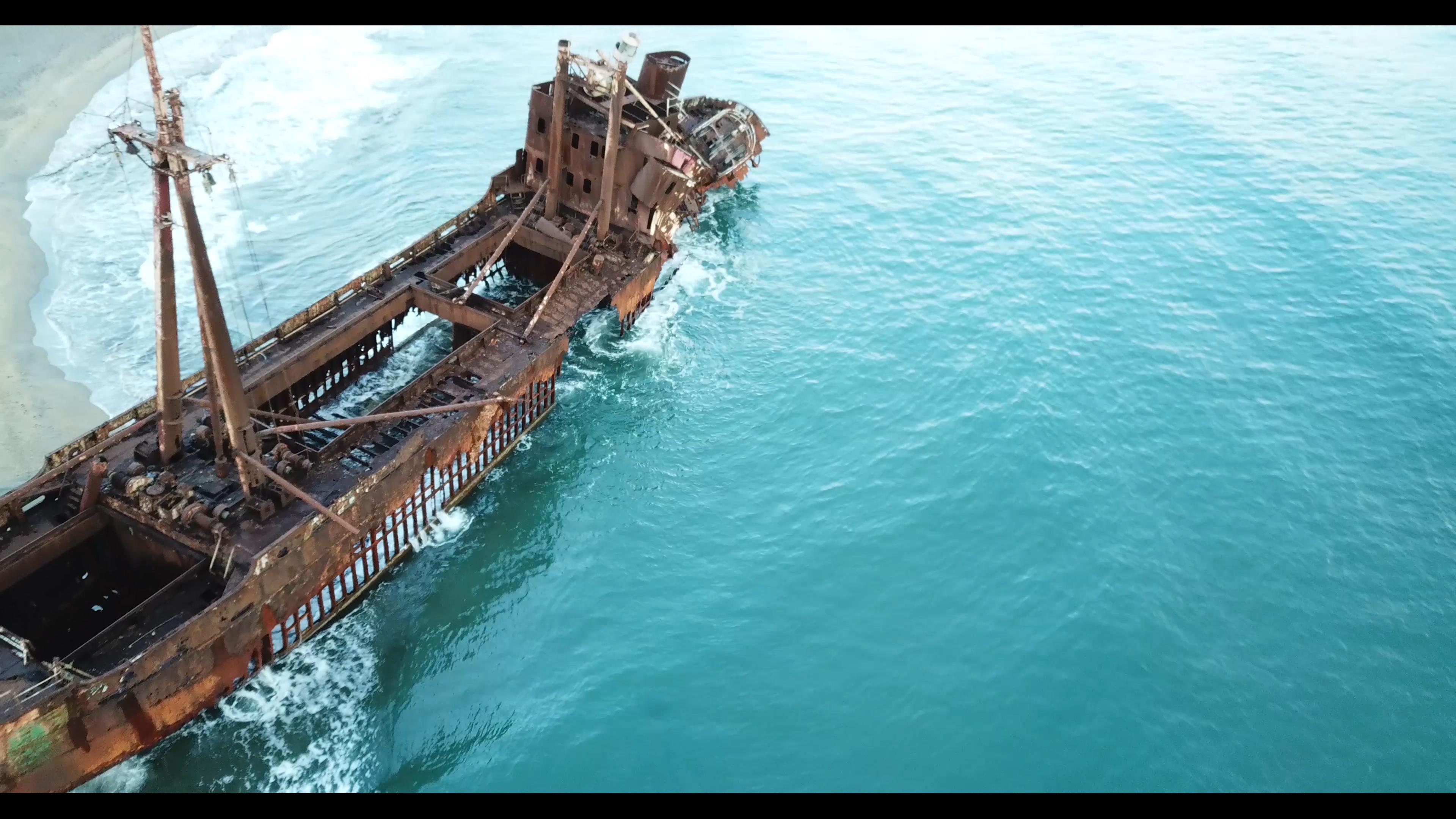 VIDEO: GRECIA DESDE EL AIRE: VALTAKI BEACH, GHYTHIO, PELOPONESO