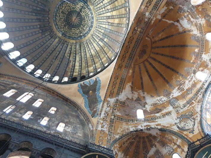 Cúpula y uno de los serafines, Basílica de Santa Sofía, Estambul (Turquía)