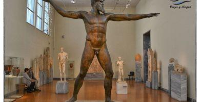 estatua-de-bronce-zeus