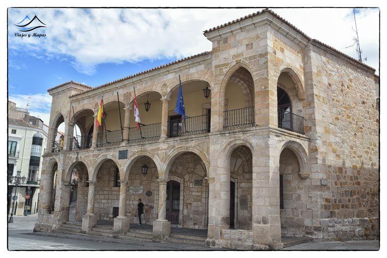 ayuntamiento-viejo-zamora