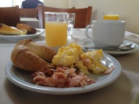 Hotel-costarenas-desayuno