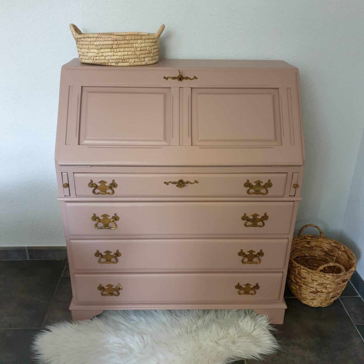 vintage secretaire oud roze