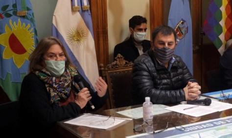 """Los primeros casos detectados en Cacharí tienen todos un nexo epidemiológico"", aseguró Adriana Scalcini"