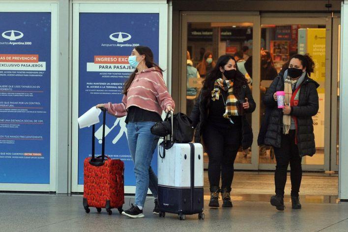 Coronavirus: los argentinos que viajen a España deberán hacer 10 días de cuarentena  Gentileza Clarín