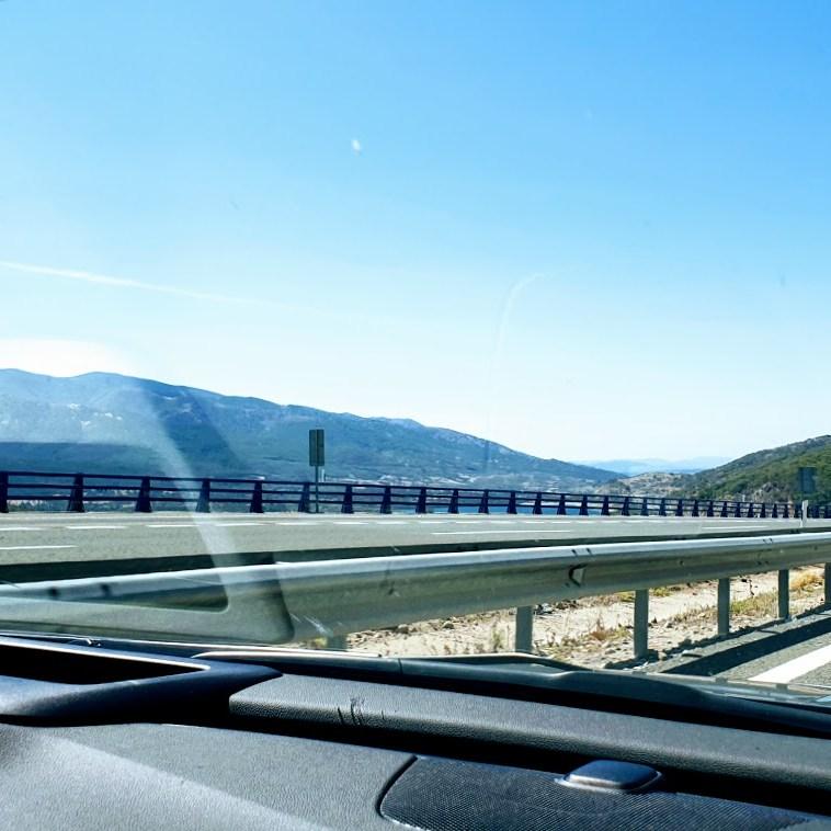 4513 km pitkä postaus - Day 6 MOOTTORITIE AURINKOON