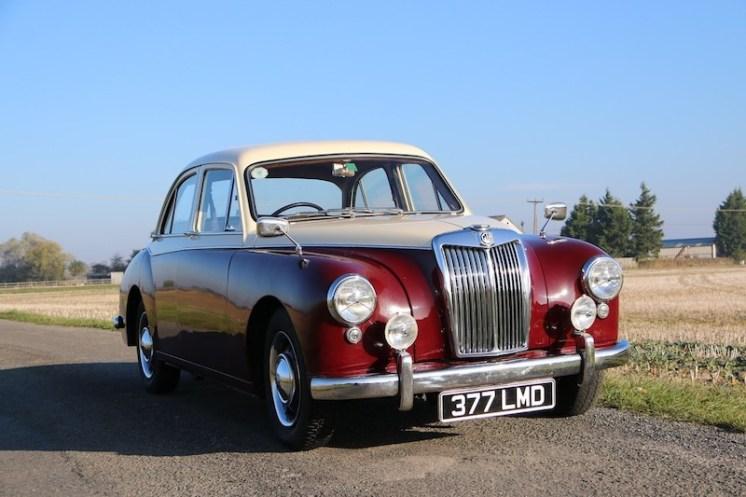 1957 MG Magnette ZB (1)