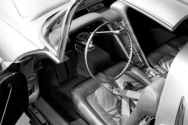 the-1956-oldsmobile-golden-rocket-was-a-retro-futuristic-wonder-machine2