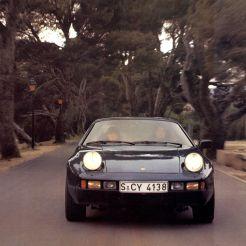 1979 Porsche 928 Broch 24&25