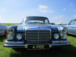 Mercedes 108 Coupe front