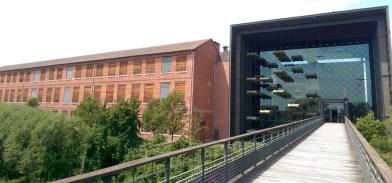 The impressive museum entrance