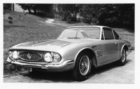 1961_Ghia_Maserati_5000_GT_Coupe_01