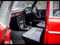 1973-bmw-2500-saloon-7
