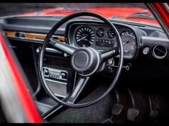 1973-bmw-2500-saloon-8