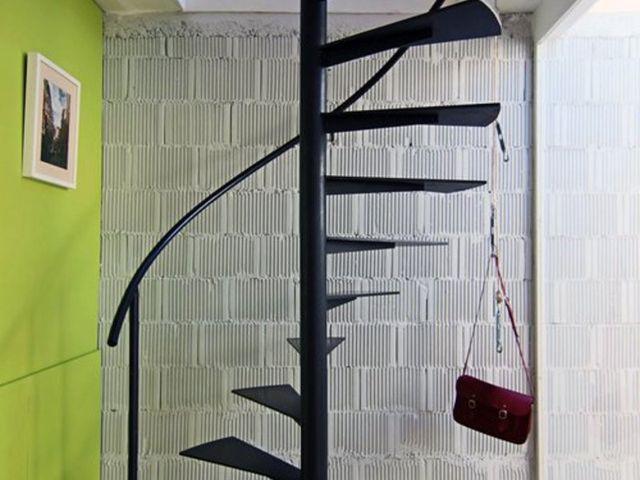 Nyomtatási lépcsőház készült egyszerű design fémből