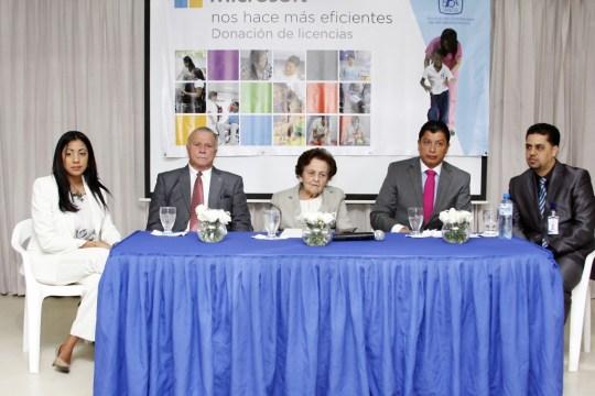 Yoheli Joaquín, Arturo Pérez Gaviño, Mary Pérez Vda. Marranzini, Jorge Cabeza y Kiantony Brito
