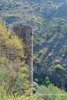 Una de les torres de defensa del Castell de Castellnou