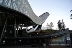 L'edifici del Museu de l'esquí al cor del Holmenkollen ski jump