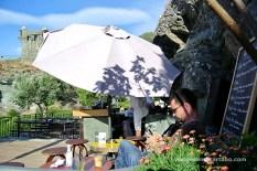 Nonza A Sassa prenent un mojito
