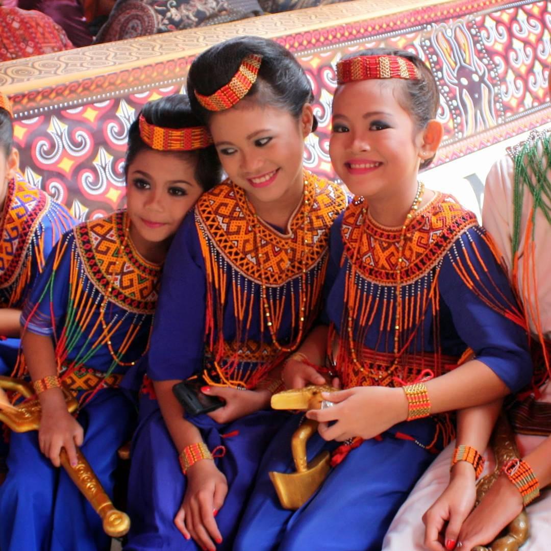 Nenes a cerimònia Toraja #Sulawesi #Viatjarpelmon