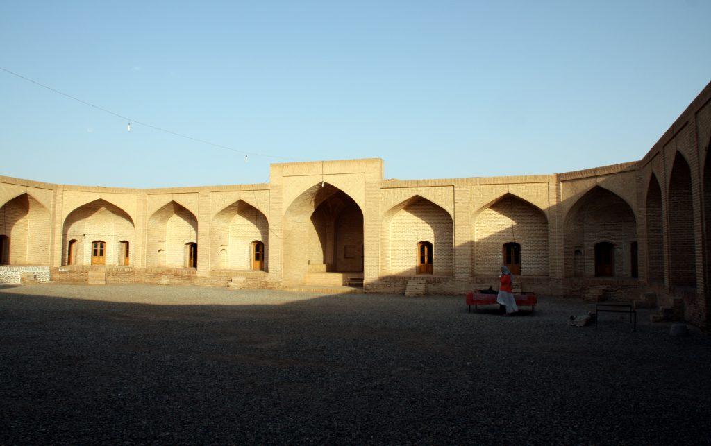 2016-07-22-interior-del-caravanserrall-de-maranjab