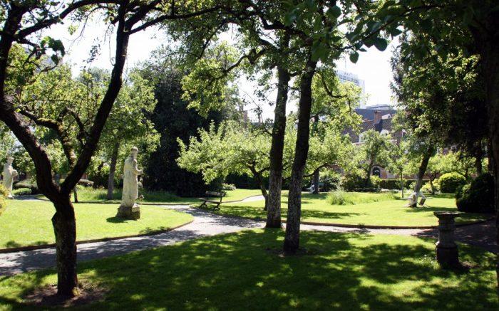 Antwerp begijnhof