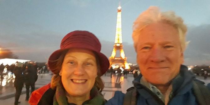 Ivonne Smit en Ton Kemp bij Eiffeltoren.